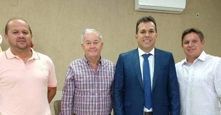 (Foto) Prefeito eleito Paulinho com seus familiares